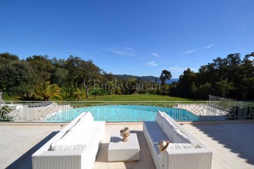 Maison de luxe à louer LA CROIX VALMER, 500 m², 6 Chambres,