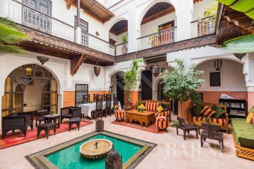 Maison de luxe à vendre MARRAKECH, 10 Chambres, 775000€
