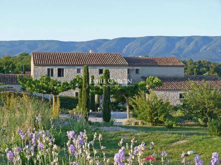 Luxury House for sale GORDES, 370 m², 7 Bedrooms, €1890000