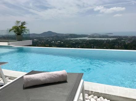 Вилла класса люкс на продажу  Тайланд, 165 м², 3 Спальни, 11900000€
