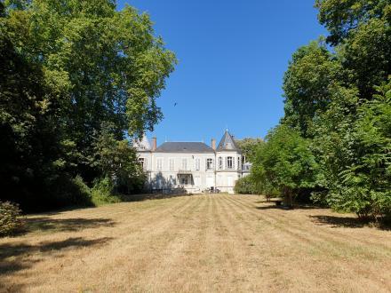 Appartement de luxe à vendre SAINT JEAN DE BRAYE, 650 m², 1260000€