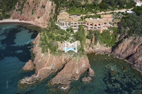 Proprietà di lusso in vendita THEOULE SUR MER, 956 m², 10 Camere, 29800000€