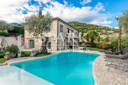 Villa di lusso in vendita ROQUEBRUNE CAP MARTIN, 270 m², 3 Camere, 2990000€