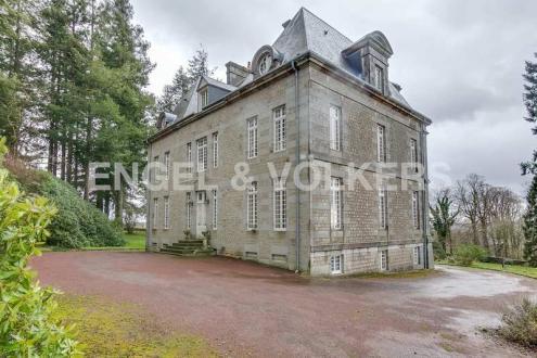 Castello/Maniero di lusso in vendita GATHEMO, 750 m², 9 Camere, 1260000€