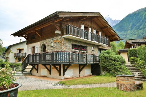 Luxury Chalet for sale CHAMONIX MONT BLANC, 200 m², 5 Bedrooms, € 1 690 000