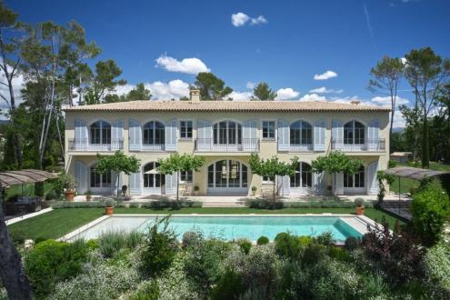 Villa de luxe à vendre TOURRETTES, 585 m², 8 Chambres, 9850000€