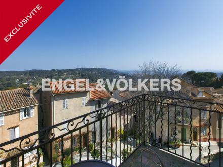 Appartamento di lusso in vendita MOUGINS, 121 m², 3 Camere, 790000€