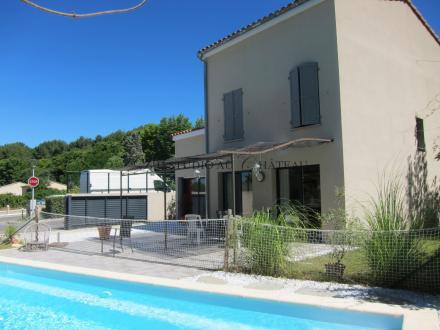 Casa di lusso in vendita LUYNES, 140 m², 3 Camere, 630000€