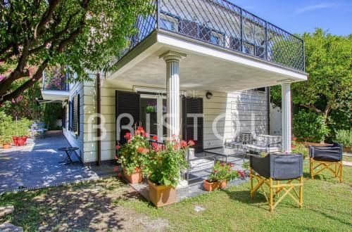 Luxus-Haus zu verkaufen BEAULIEU SUR MER, 124 m², 5 Schlafzimmer, 1675000€