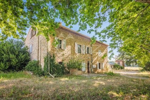 Дом класса люкс на продажу  PUYLOUBIER, 234 м², 5 Спальни, 742000€