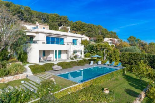 Villa de luxe à vendre CANNES, 220 m², 4 Chambres, 2450000€