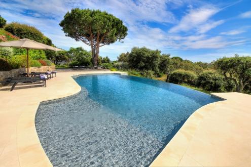 Luxury House for rent LA CROIX VALMER, 330 m², 7 Bedrooms,