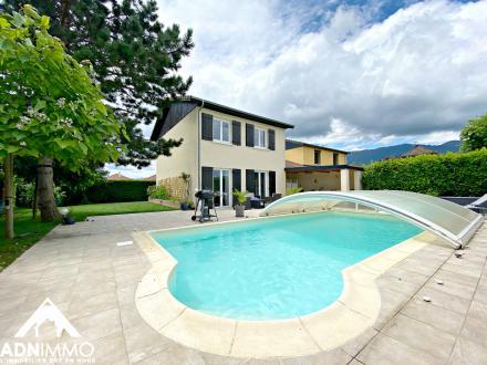 Luxus-Haus zu verkaufen SAINT GENIS POUILLY, 93 m², 3 Schlafzimmer, 633000€