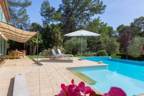 Luxury House for rent VALBONNE, 223 m², 4 Bedrooms,