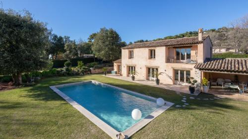 Luxus-Liegenschaft zu verkaufen LA COLLE SUR LOUP, 160 m², 4 Schlafzimmer, 2317000€