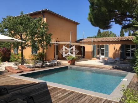 Дом класса люкс в аренду Сен-Тропе, 230 м², 5 Спальни,