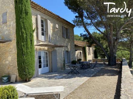 Maison de luxe à vendre LES BAUX DE PROVENCE, 215 m², 5 Chambres, 1995000€