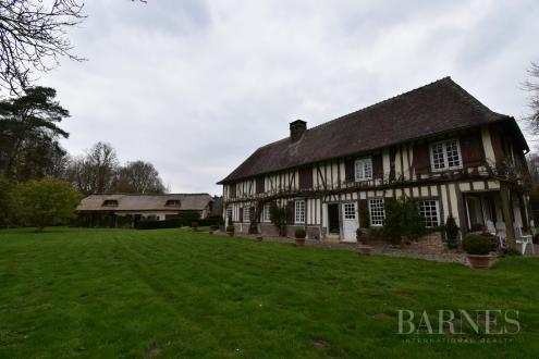 Luxury House for sale CONCHES EN OUCHE, 480 m², €780000