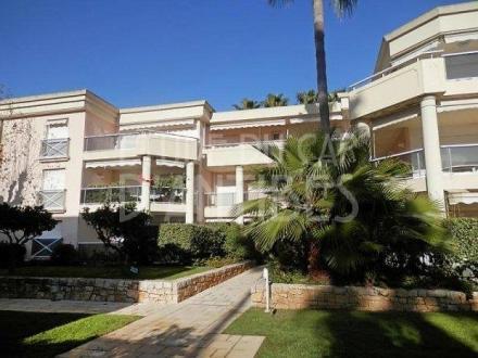 Luxury Apartment for sale CAP D'ANTIBES, 76 m², 2 Bedrooms, €985000