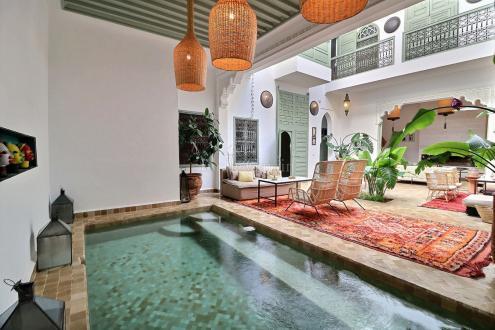 Maison de luxe à vendre MARRAKECH, 240 m², 6 Chambres, 820000€