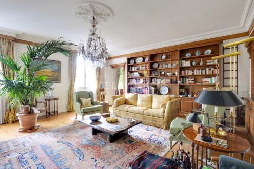 Appartement de luxe à vendre PARIS 8E, 172 m², 3 Chambres, 2375000€