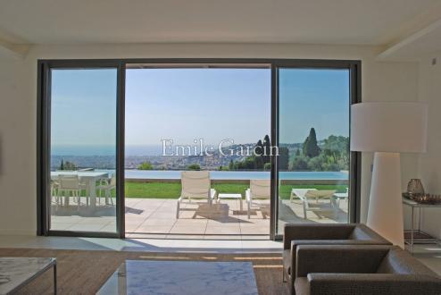 Maison de luxe à louer NICE, 330 m², 4 Chambres,
