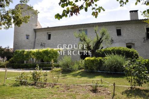Maison de luxe à vendre MONTELIMAR, 430 m², 5 Chambres, 950000€