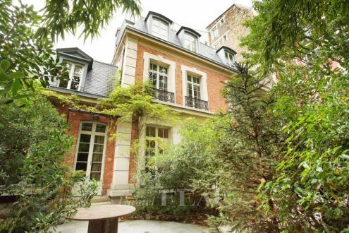 Luxus-Haus zu verkaufen PARIS 6E, 353 m², 4 Schlafzimmer, 20000000€