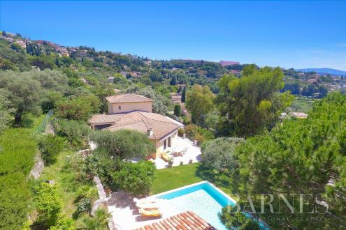 Luxury House for sale GRASSE, 290 m², 5 Bedrooms, € 1 090 000