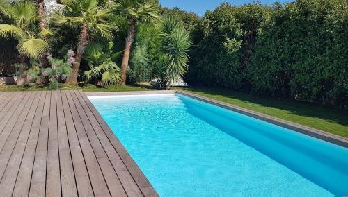 Maison de luxe à vendre CARQUEIRANNE, 140 m², 4 Chambres, 820000€