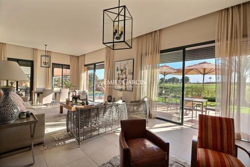 Maison de luxe à vendre MARRAKECH, 320 m², 4 Chambres, 505000€