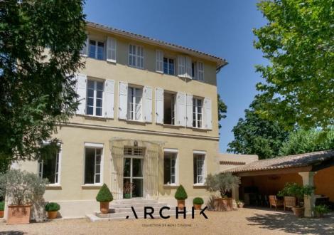 Maison de luxe à vendre MARSEILLE, 330 m², 7 Chambres, 1490000€