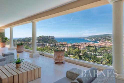 Maison de luxe à vendre CASSIS, 405 m², 5 Chambres