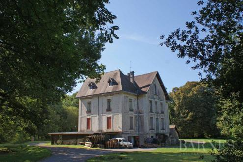 Maison de luxe à vendre TARNOS, 550 m², 8 Chambres, 795000€
