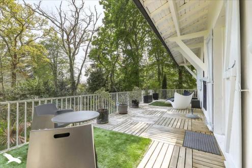 Дом класса люкс на продажу  Биарриц, 430 м², 8 Спальни, 2400000€