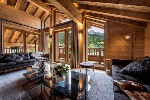 Luxus-Chalet zu verkaufen MERIBEL LES ALLUES, 260 m², 6 Schlafzimmer, 3995000€