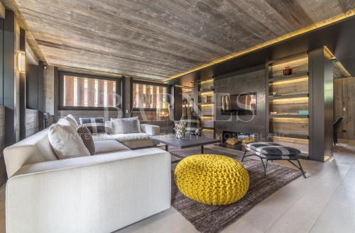 Luxury Chalet for rent MEGEVE, 200 m², 5 Bedrooms,