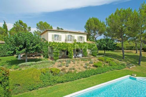 Luxus-Villa zu verkaufen MOUANS SARTOUX, 300 m², 5 Schlafzimmer, 2950000€