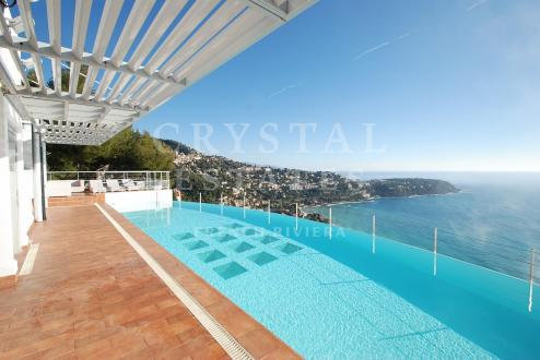 Villa de luxe à vendre ROQUEBRUNE CAP MARTIN, 6 Chambres, 5700000€