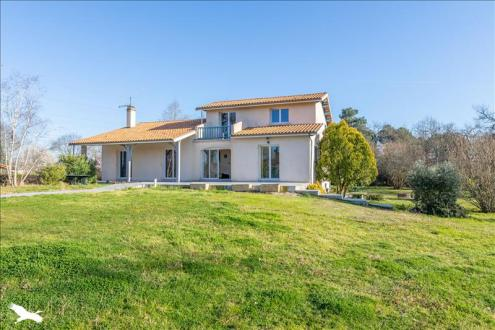 Luxury House for sale PESSAC, 195 m², 4 Bedrooms, €747760