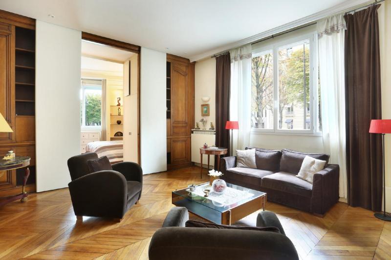 Квартира класса люкс Париж 8ой, 102 м², 2 Спальни, 1890000€
