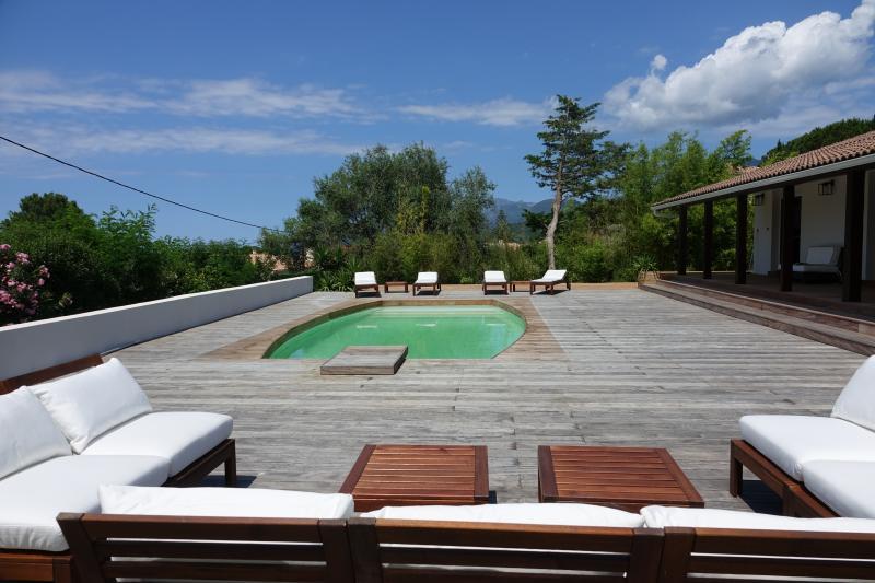 Prestige-Liegenschaft SAINT FLORENT, 130 m², 3 Schlafzimmer