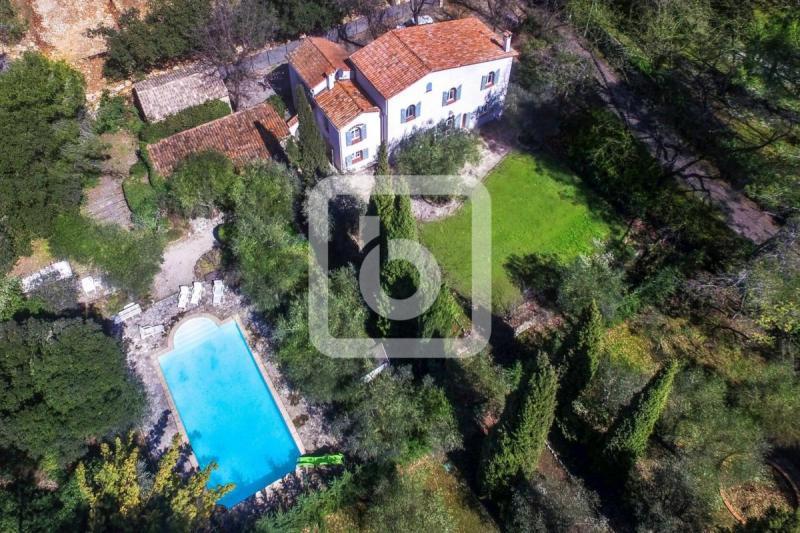 Prestige-Liegenschaft GRASSE, 237 m², 4 Schlafzimmer, 1400000€