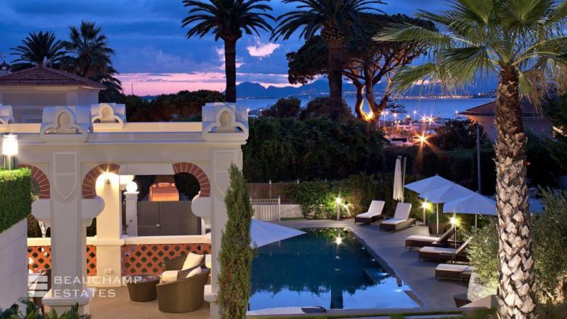 Luxus-Haus zu vermieten CAP D'ANTIBES, 420 m², 4 Schlafzimmer,
