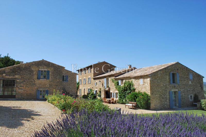 Luxury House for rent OPPEDE, 500 m², 8 Bedrooms,