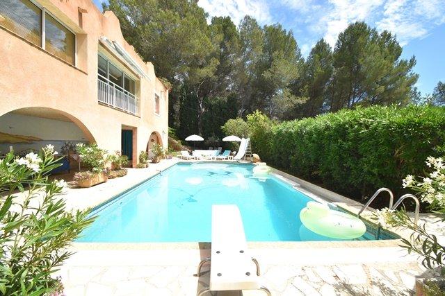 Prestige House AIX EN PROVENCE, 360 m², 6 Bedrooms, €1090000