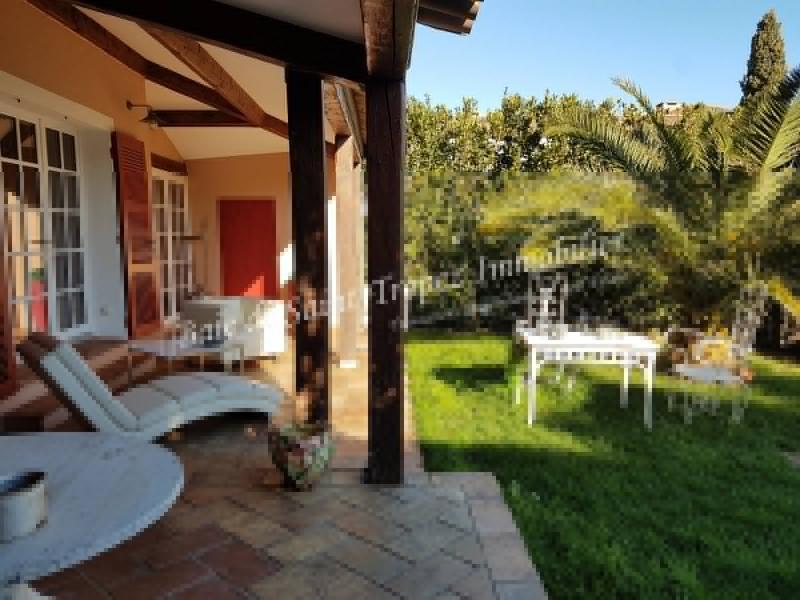 Maison de prestige GRIMAUD, 140 m², 5 Chambres, 2200000€
