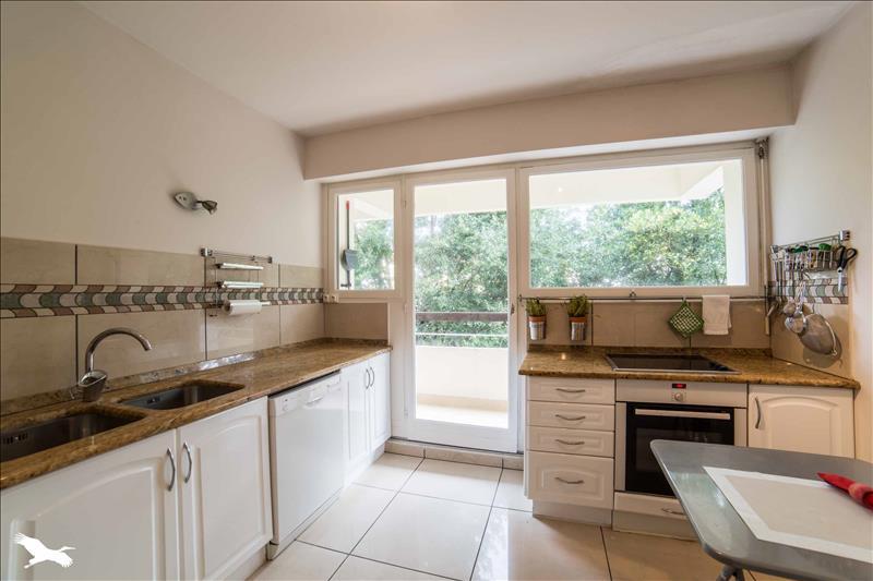 Prestige Apartment ANGLET, 80 m², 2 Bedrooms, €637450