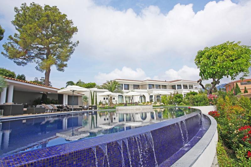 Casa di lusso in affito SAINT JEAN CAP FERRAT, 2000 m², 8 Camere,