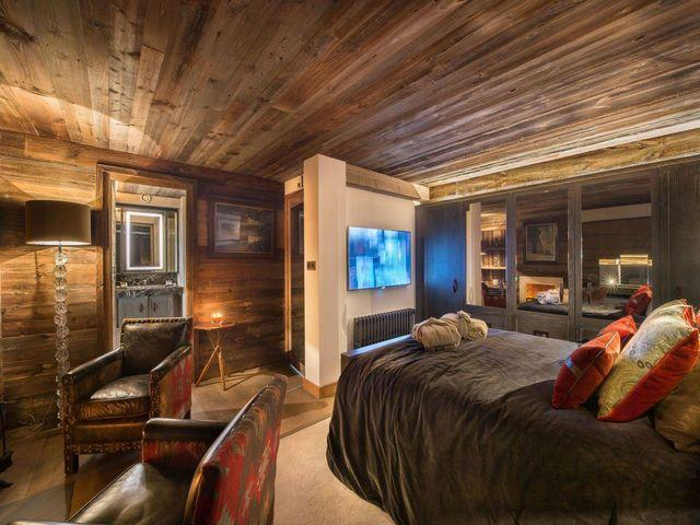Luxury Chalet for rent COURCHEVEL, 275 m², 6 Bedrooms,